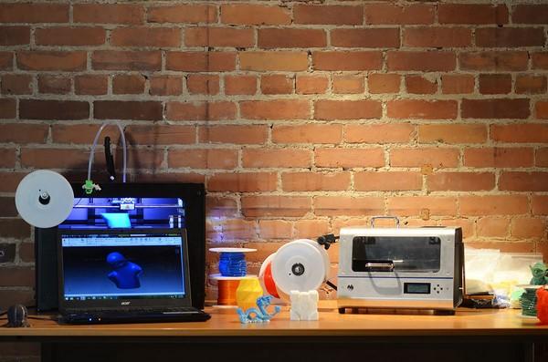 ProtoCycler recicla el plástico para utilizar en impresoras 3D b