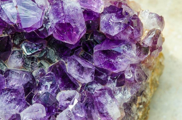 Qué son las piedras semipreciosas, qué tipos hay y cómo limpiarlas