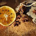 Trampa de limón y clavo contra las moscas